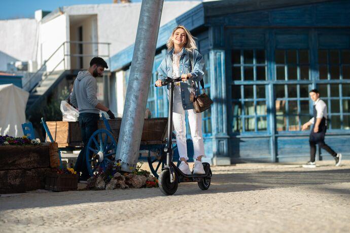 Citymate Pro 500 Watt Elektrikli Scooter 10 inch Şişme Teker Bluetooth Sarı
